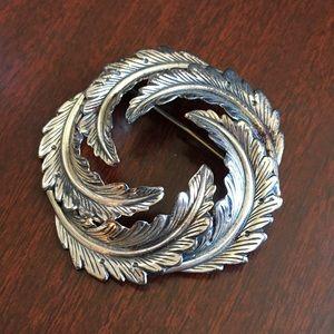Jewelry - Beau Sterling 925 brooch pin floral wreath